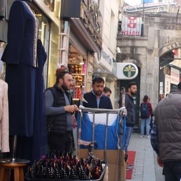 Straty Turcji przez podróbki i nielegalny handel