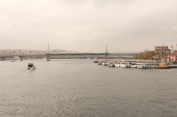 Most bosforski pomiędzy kontynentami